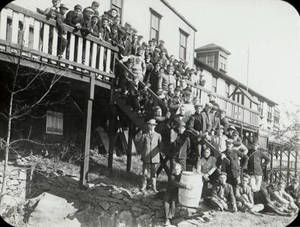 Alumni Reunion at Boathouse (1910)