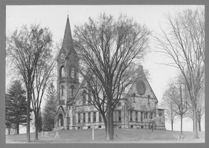 Old Chapel and 1878 class tree