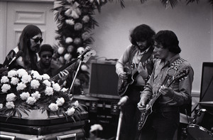 Duane Allman's funeral: from left, Barry Oakley, Jaimoe, Delaney Bramlett, and Dickey Betts, with Allman's casket in the foreground