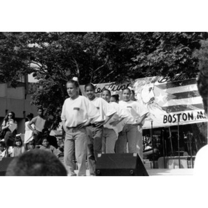 Teenage girls perform on the outdoor stage at Festival Betances.