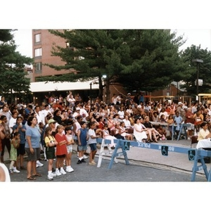 Spectators fill the plaza to watch a Festival Betances event.
