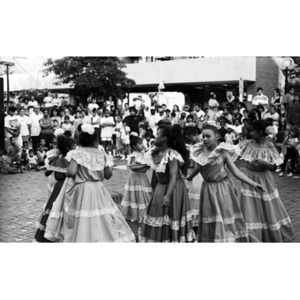 Girls performing a dance at the Festival Betances.