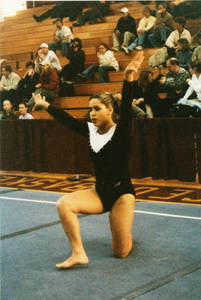 Gina Gutierrez performing floor routine (2002)