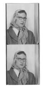 Alison Laing in Photo Booth (2)