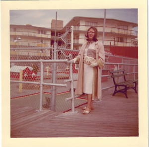Alison Laing on Boardwalk (2)