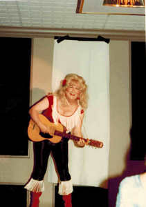 Alison Laing with a Guitar