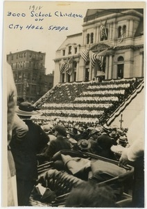 3,000 school children on City Hall steps