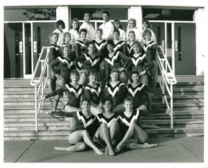 1991-1992 Springfield College women's gymnastics team portrait