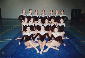 1999-2000 women's gymnastics group portrait