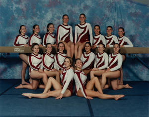 1998-1999 women's gymnastics team portrait