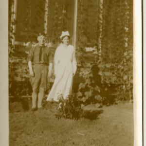 Camp MacArthur - Waco, Texas - World War I - A soldier and a nurse