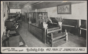 Trade card for Ludwig & Co., pianos, organs, player pianos, 482 Main Street, Springfield, Mass., undated