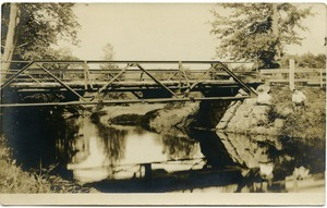 Bridge over the Swift River