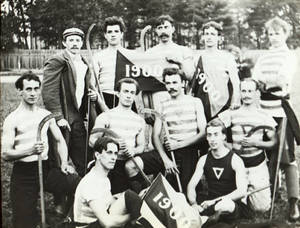 Lawn Hockey Team (1900)