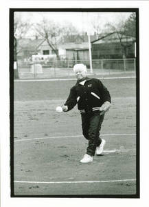 Coach Diane Potter Pitching at Springfield College, April 1, 1998