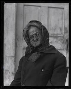 Reuben Austin Snow, the cross-dressing hermit of Cape Cod, close-up portrait mid-grimace