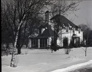House of Lewis Travers in winter