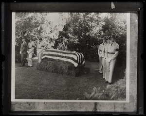 Military guard gathered around Will Rogers' coffin