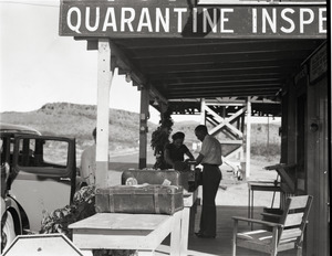 Agricultural inspection station at Arizona-California border