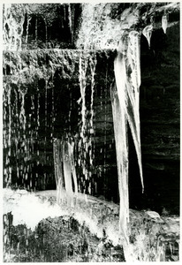 Side swept icicles