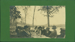 Half-length group portrait of Bowen Family picnic, seated, facing front, Roseland Park, Woodstock, Conn., undated
