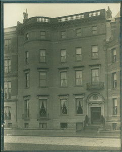 Exterior view of the Alexander Cochrane Residence, 257 Commonwealth Avenue, Boston, Mass., 4 May 1893
