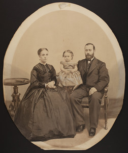 Group portrait of a family, location unknown, undated