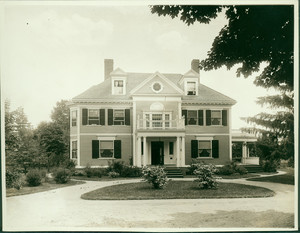 Exterior view of the Hubbard-Woodman House, Cambridge, Mass., undated