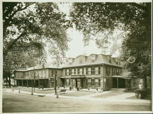 Exterior view of the Colonial Inn, Concord, Mass., undated