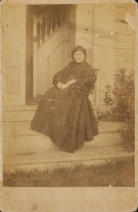 Cabinet card portrait of an unidentified woman, possibly Mrs. Sarah Putnam Fowler