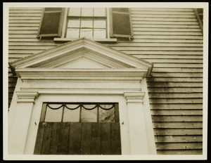 Exterior view of an old house, Portsmouth, N.H., April 1923