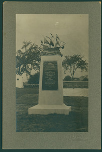 Memorial to the founders of Newbury, Mass., erected 1905, undated