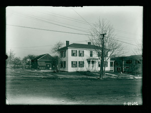 Exterior view of the Hapgood Reed House and barn, Shrewsbury, Mass., 29 January 1914