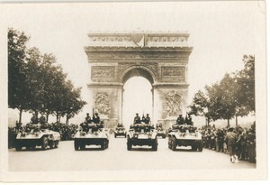American troops, Place d'Etoile, Arc de Triomphe, Champs Elysees