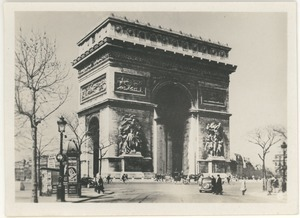 L' Arc de triomphe -- The Arch of Triumph