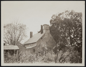 Exterior view of the Arnold House showing the stone chimney end, Lincoln, Rhode Island, October 18, 1919.