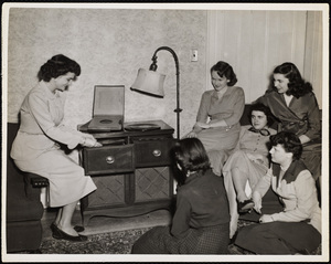 Howard Seminary for Women - Students playing records