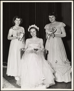 Howard Seminary for Women - Prom Queen crowning