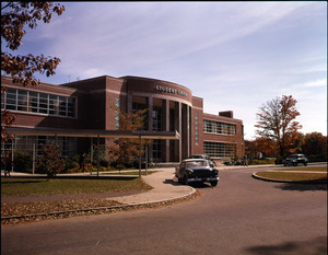 Front entrance to Student Union building
