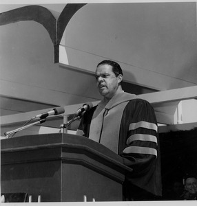 Randolph Bromery speaking at commencement