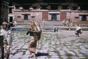 Carrying wood in Bhaktapur