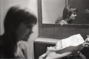 Linda Ronstadt at Paul's Mall: Ronstadt backstage, reflected in mirror