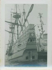 Arrival Mayflower II 1957