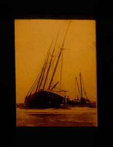 Four Masted and Wrecking Apparatus
