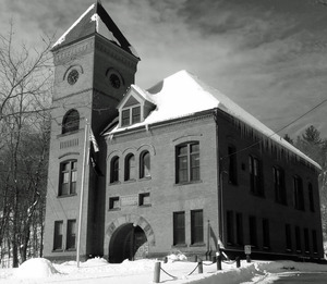 Tyler Memorial Library: front view of the library in snow