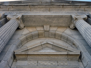 Belding Memorial Library: columns and architectural details at front entrance