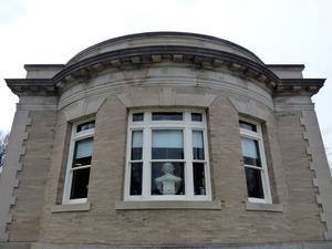 Griswold Memorial Library: side of the library