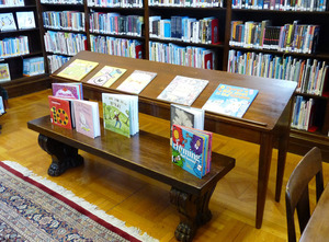 Field Memorial Library: book display and stacks