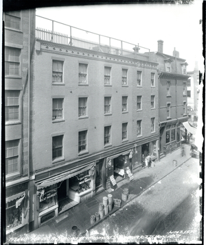 142-150 Richmond Street and Richmond Street Square to 275 Hanover Street