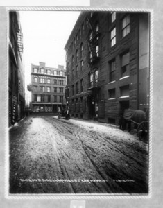 Building on south side Lagrange St. corner Washington St., Boston, Mass., February 18, 1904